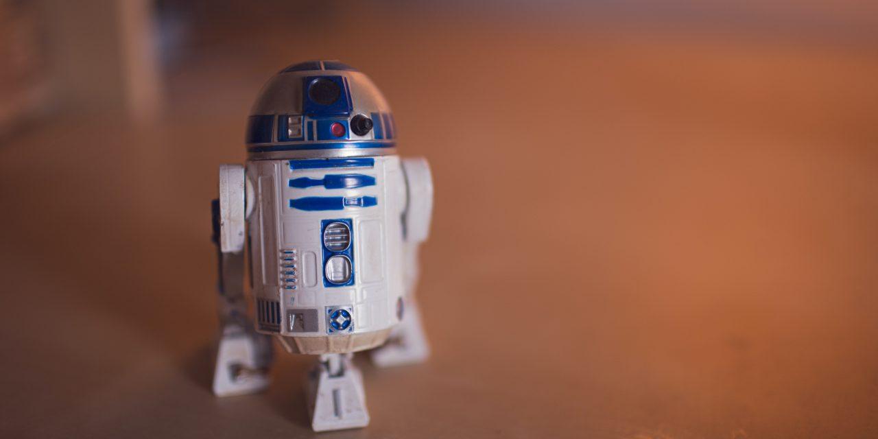 Roboter: HAL 9000 oder R2-D2?