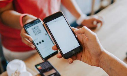 Mobile Betriebssystem Versionen – wer aktualisiert häufiger ?
